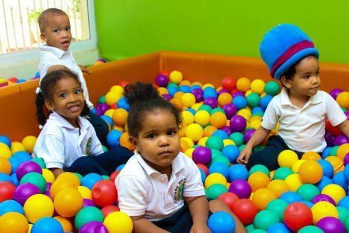 children 808660 1920 510x340 - Inglés desde pequeños, la mejor opción para el bilingüismo