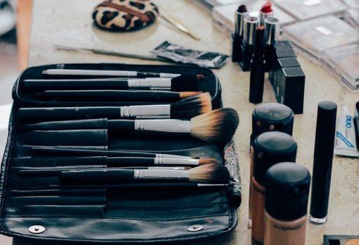 makeup 1209798 640 510x348 - ¿Es la estética tu vocación?