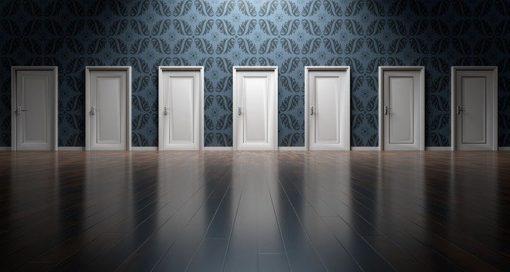 doors 1767562 640 510x272 - Escoge la mejor opción para tu futuro