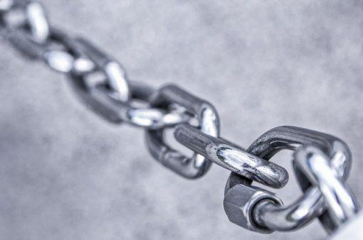 chain 3481377 640 510x338 - Pon seguridad privada en tu academia